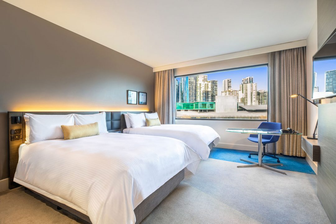 Crowne Plaza Melbourne Superior Twin room