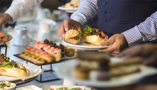 Crowne-Plaza-Melbourne_Catering_524x300