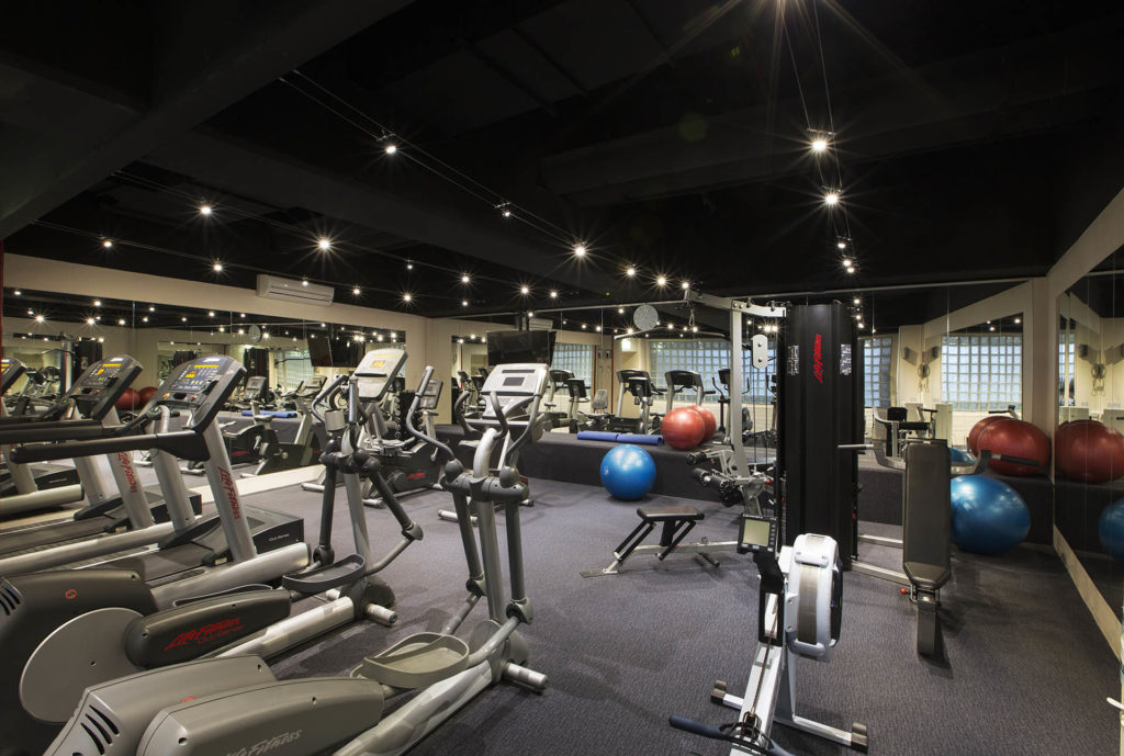 Gym-hotel-facility-Crowne-Plaza-Melbourne