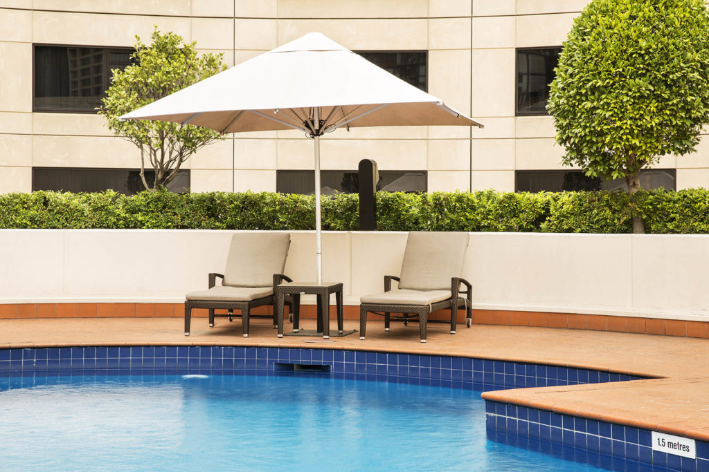 Pool-hotel2-facility-Crowne-Plaza-Melbourne