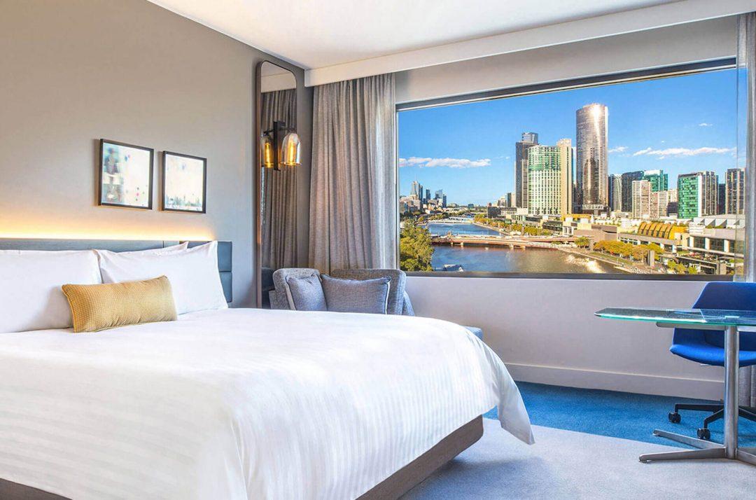 Promos-skyline-riverview-view-Crowne-Plaza-Melbourne
