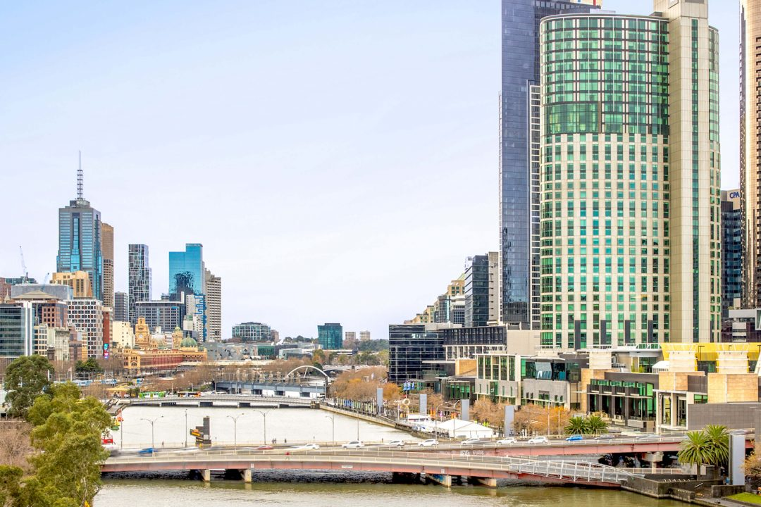 RiverviewKing4.View2-Crowne-Plaza-Melbourne-Hotel