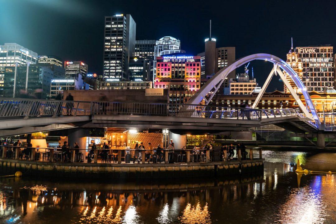 Ponyfish Bar and Restaurant, Floating Bar Melbourne Yarra River