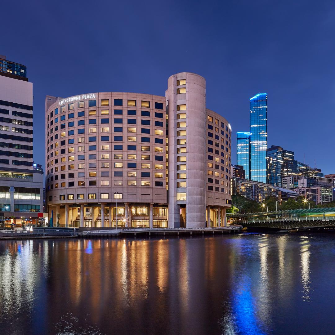 Crowne Plaza Melbourne_500x500(1)